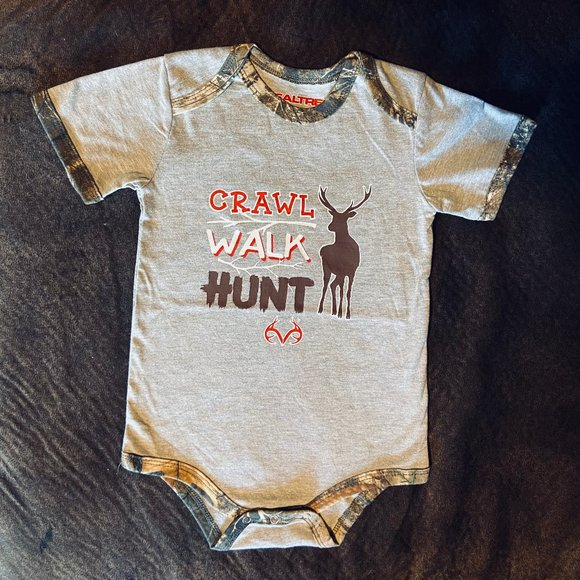 Realtree Baby Body Suit 24 M